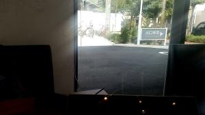 カフェからロードバイクを眺められるのがいい