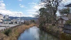 川と水田と酒蔵のある町はよい町だろう